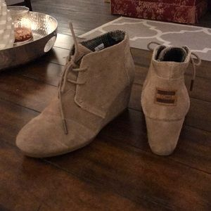 Toms Taupe Suede Women's Booties